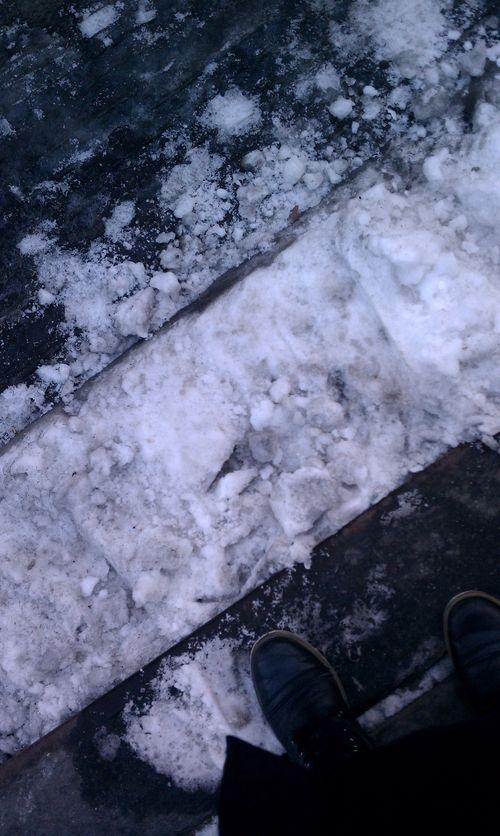 Tiff snow feet